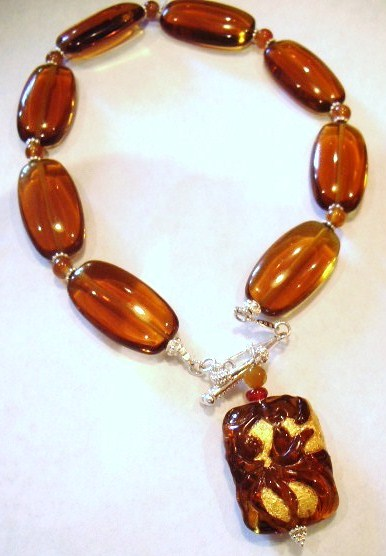 Gold-Carnelian-glass-Necklace