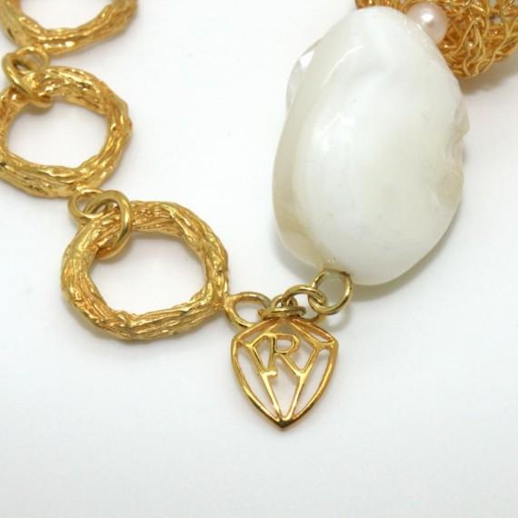 Gold-Dandelion-w-Shell-Bracelet-Clasp