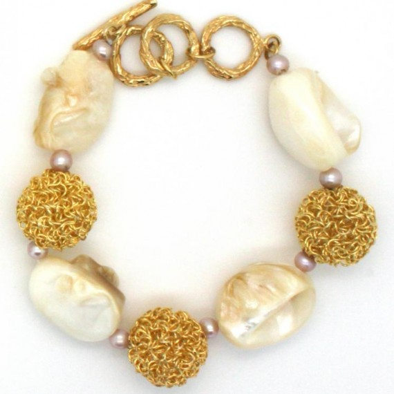 Gold-Dandelion-w-Shell-Bracelet-Top