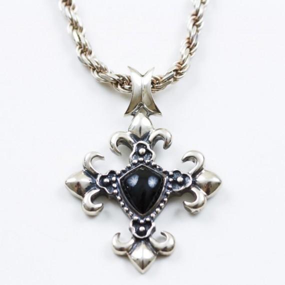 Silver-Fleur-De-Lis-Pendant-w-silver-chain